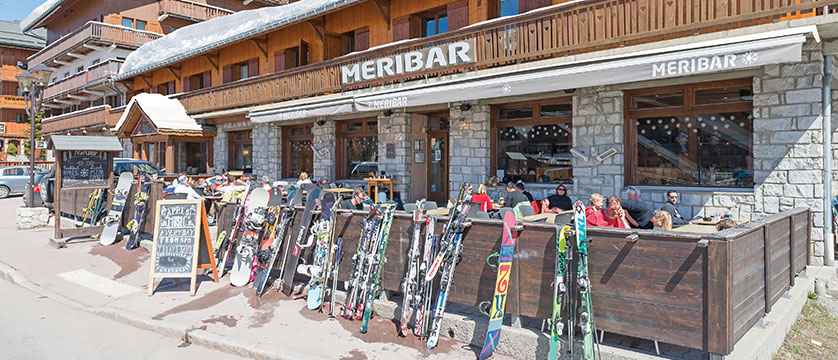 france_three-valleys-ski-area_meribel_chalet-hotel-les-grangettes-meribar_exterior.jpg